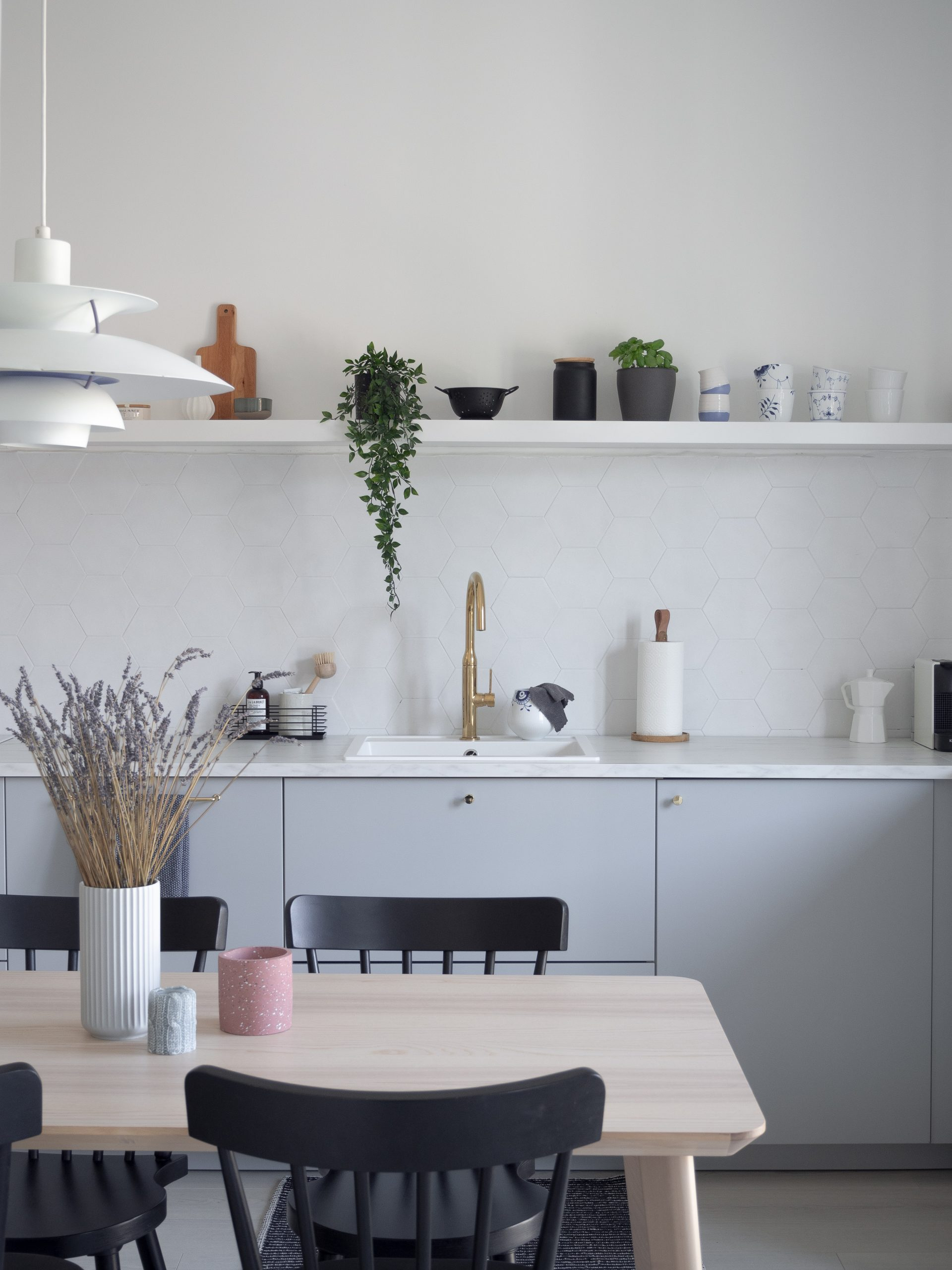 Scandinavian vibes in the kitchen of Ingrid Opstad